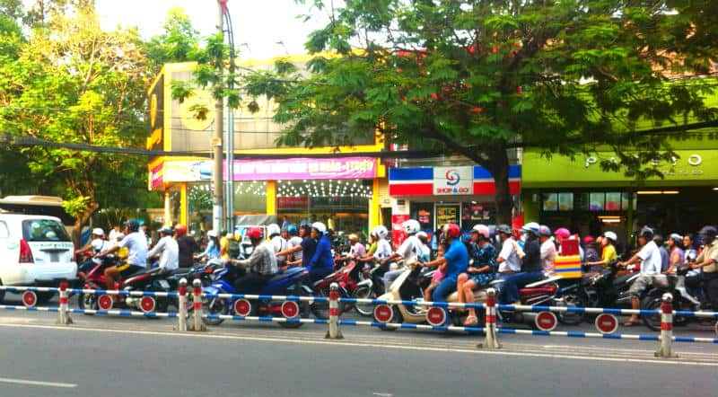 traffico saigon vietnam