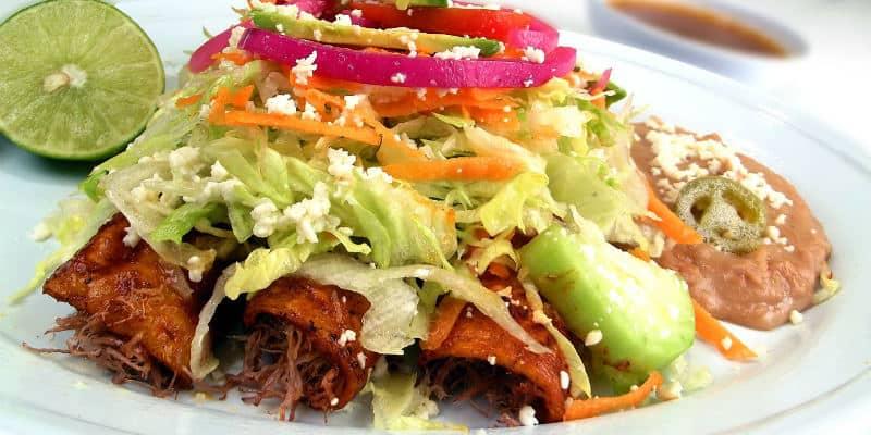 enchiladas verde cosa mangiare in Messico