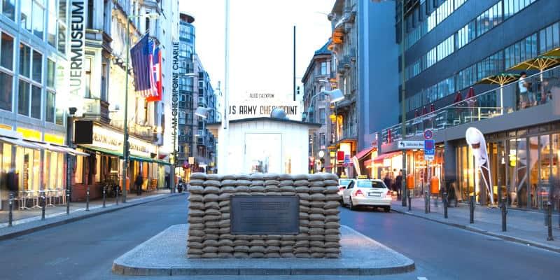 Checkpoint Charlie cosa visitare a berlino