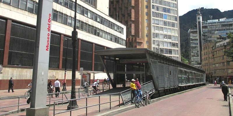 stazione TransMilenio museo oro