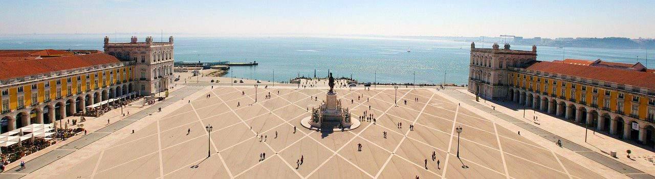 piazza commercio Lisbona cosa vedere