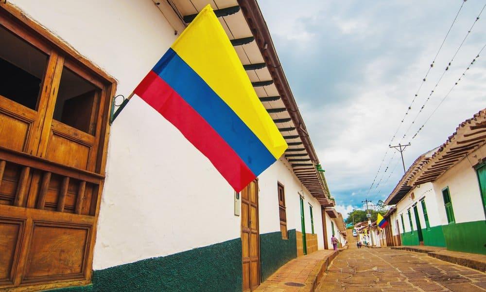 Bandiera colombiana gialla blu rossa