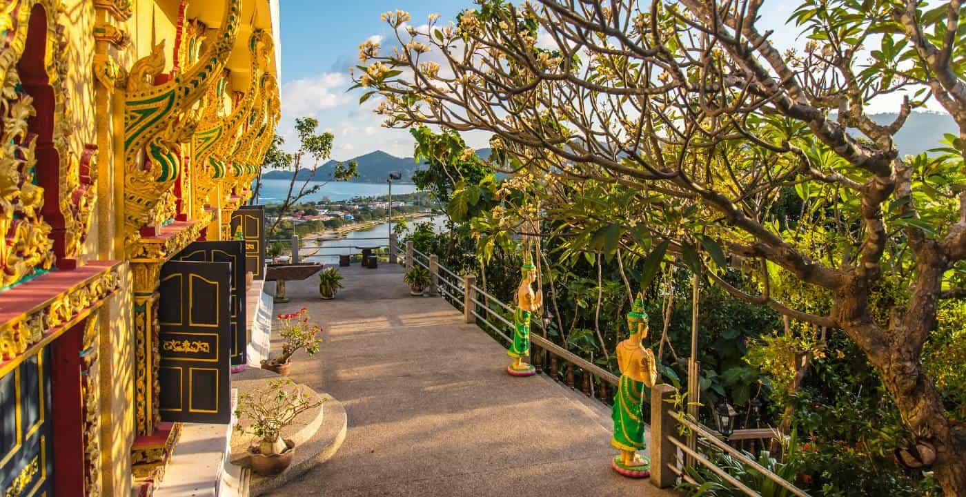 Pagoda Khao Hua Jook Samui