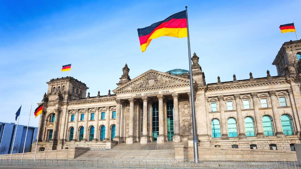 Bandiera tedesca Reichstag Berlino