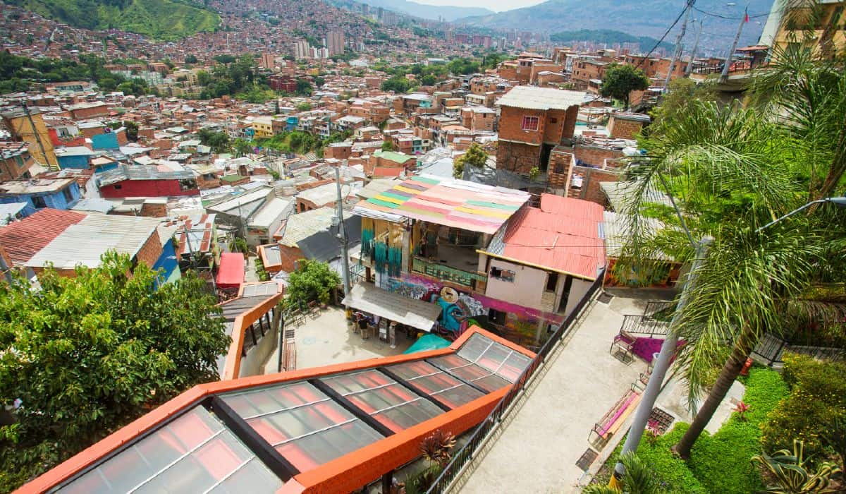 Escaleras Electricas Comuna 13 Medellin